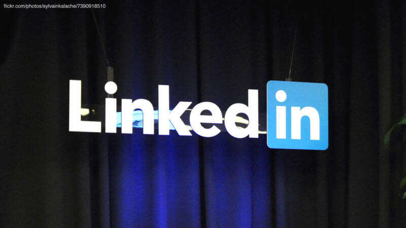 LinkedIn officially rolls out native video uploading worldwide, but not for businesses (yet)
